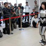 Kobieta-robot wystąpi na wybiegu